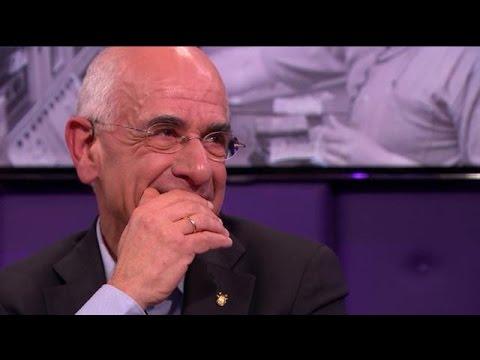 Frits Spits emotioneel na het zien van déze beelden - RTL LATE NIGHT