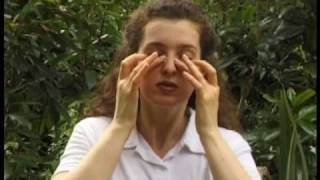 self massage for temples and eyes