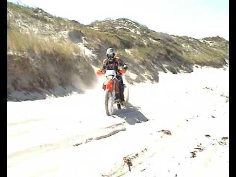 bit of footage from the sand dunes on my CR500 circa 2003
