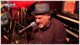 Watch Paul Carrack Dont Let The Sun Catch You Crying video