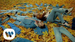 Смотреть клип Jubël - Blue Jeans