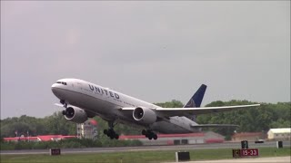 RARE! United Airlines 777-200 at Bradley International Airport
