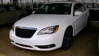 Chrysler 200 Sedan 2014 Videos