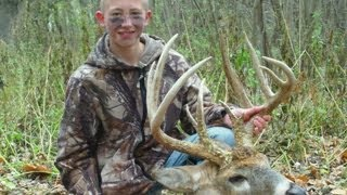 """169"""" Buck: Illinois Bow Hunt"""