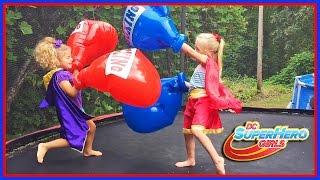 Dc Super Hero Girls Dolls & Giant Boxing Gloves Fun on Trampoline W/ Superheroes Supergirl & Batgirl