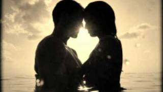 Einai stigmes - ANTONIS REMOS (2010) lyrics | Είναι στιγμές - Αντώνης Ρέμος