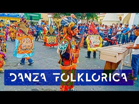 Danza folklórica de los Cofrades - Cobán, Guatemala