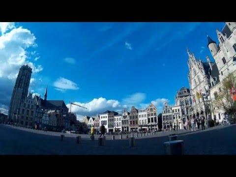 "Carillon in Mechelen (Belgium) / English folk song ""Green sleeves"""