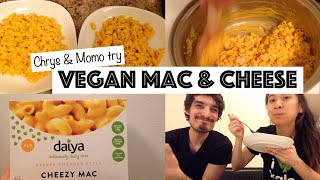 TRYING VEGAN DAIYA MAC & CHEESE