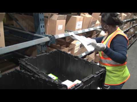 A Day in the Life of a UNFI Warehouse Associate: See What It's Like!