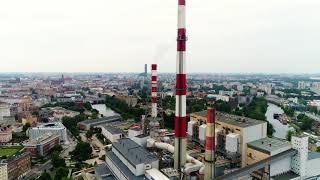 Rozbiórka komina we wrocławskiej elektrociepłowni