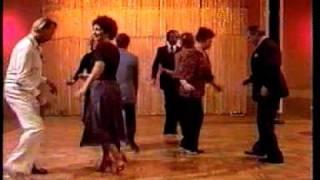 Урок танцев стиле диско РЕТРО