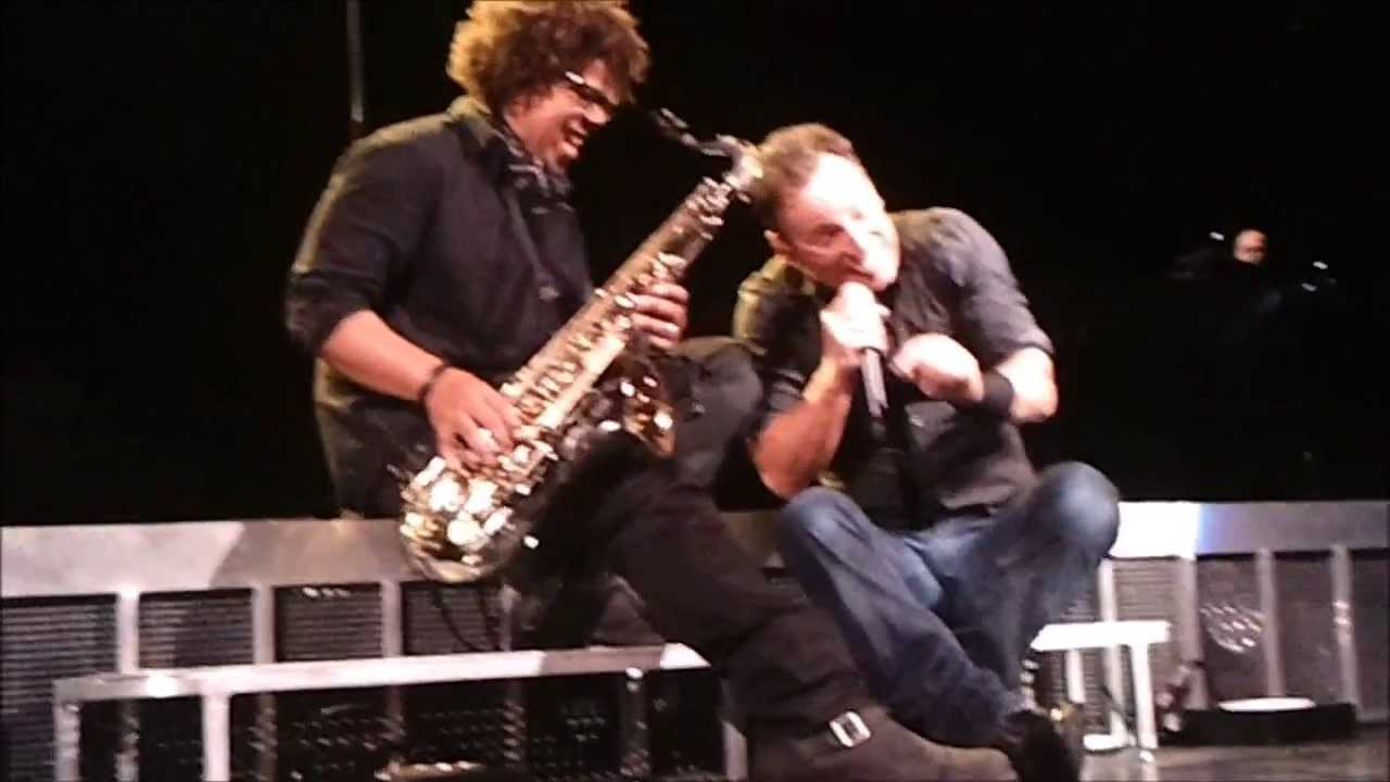 60 Year Anniversary >> Storytime w/ Bruce Springsteen & Jake Clemons ...