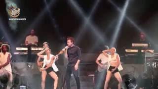 Murat Dalkılıç Çeşme Açıkhava Tiyatrosu'nda Sahne Aldı