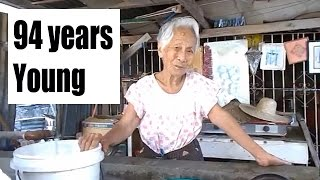 Bahay Kubo Built on site | 94 year old Filipina - Cris Bamboo1 of 2
