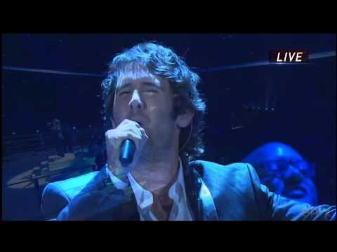 Josh Groban singing Brave before a boxing match in Germany 5 - 4-2013