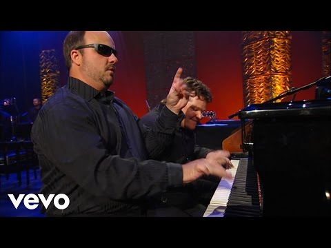 Gordon Mote, Christopher Phillips - Dueling Pianos Medley [Live]