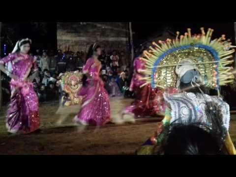 Bansa chow dance