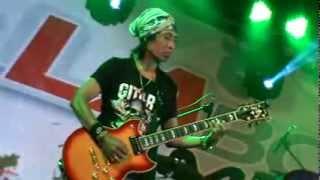Depok Gitar Toto Tewel