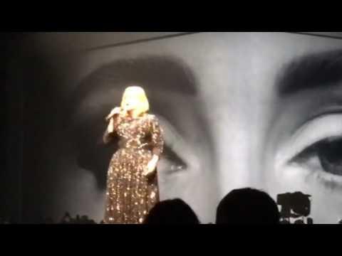 Adele 2016 Vancouver - Hello