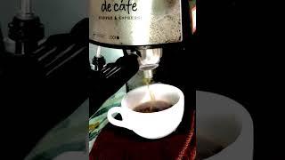 세인트갈렌 디 카페 CM6811 커피머신으로 콜롬비아 …