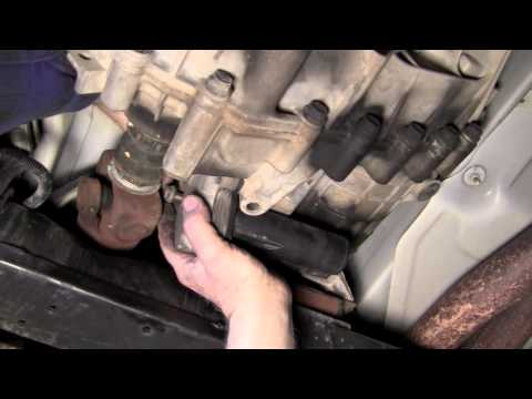hqdefault transfer case c0327 youtube 2003 Chevy Tahoe Wiring Diagram at soozxer.org
