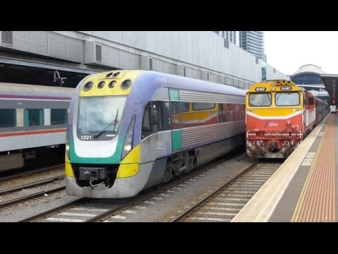 Australian Trains: At Southern Cross, Melbourne, 15Feb14