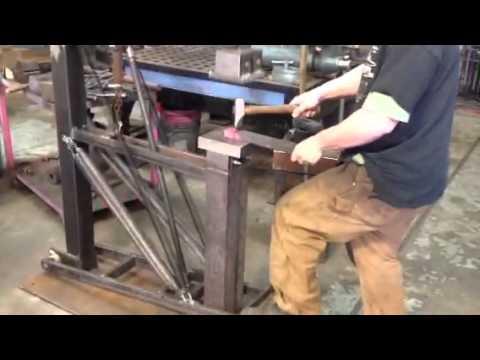 Treadle hammer blacksmith test Hot cut 1