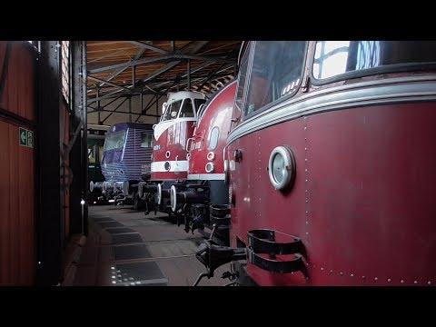 Deutsches Technik Museum Berlin (Luftfahrtabteilung / Lokschuppen / Autoausstellung) [Musikvideo]