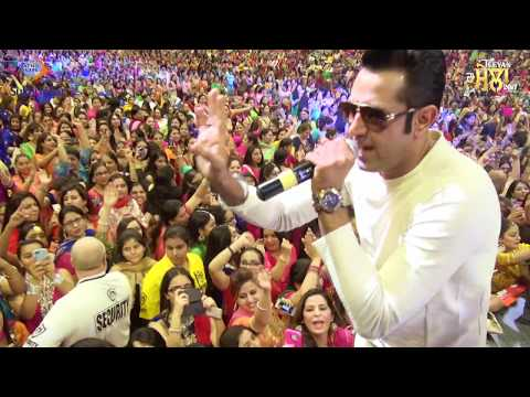 ANGREJI BEAT | GIPPY GREWAL | TEEYAN DA MELA 2016 | NEW LIVE PERFORMANCE | FULL VIDEO HD