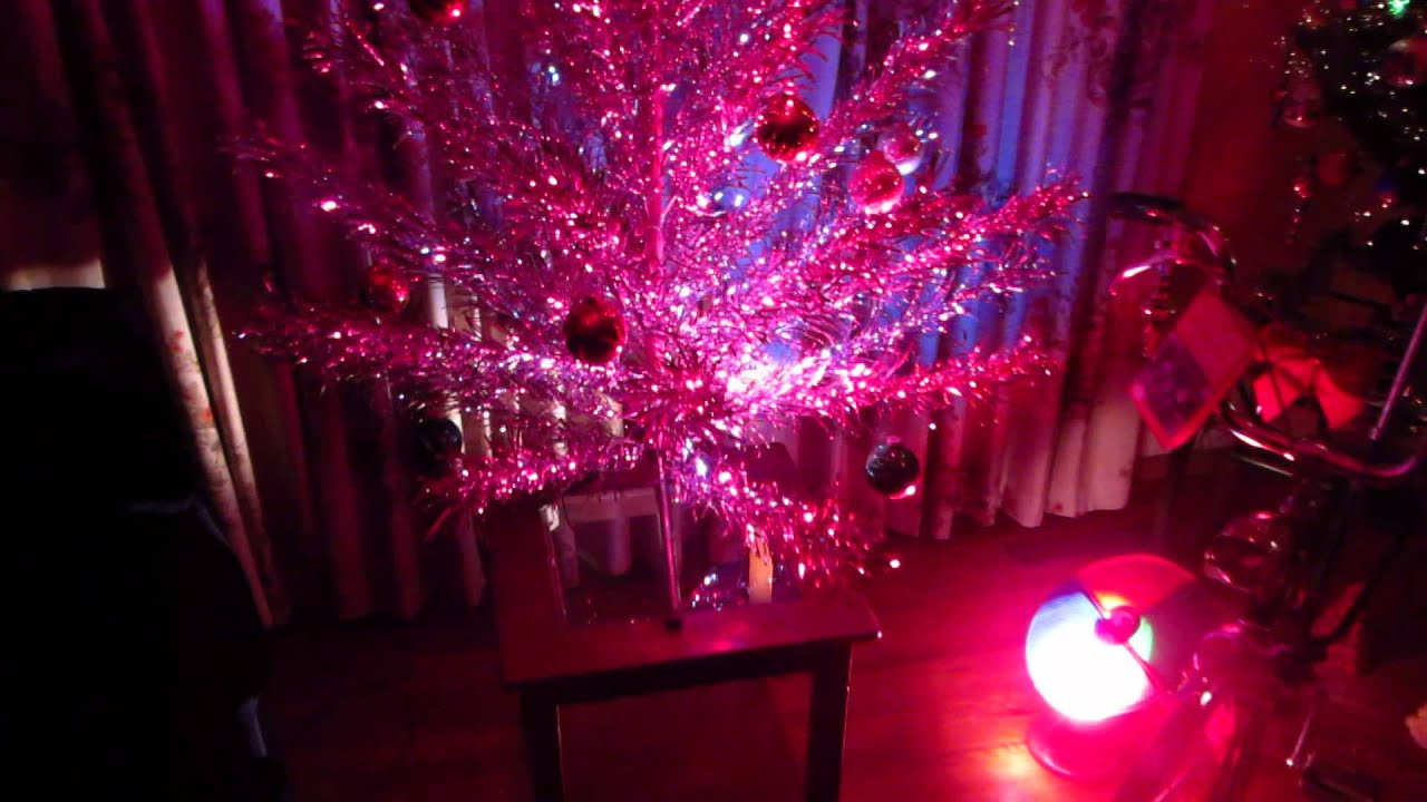 Vintage Early 1960 S Evergleam 6ft Aluminum Christmas Tree With 12