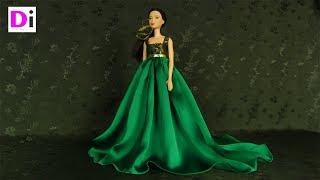 Зеленое платье со шлейфом для куклы Барби