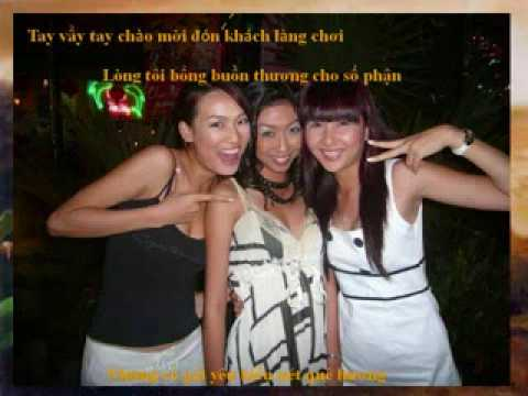 Gai Viet Pho Den Do Singapore