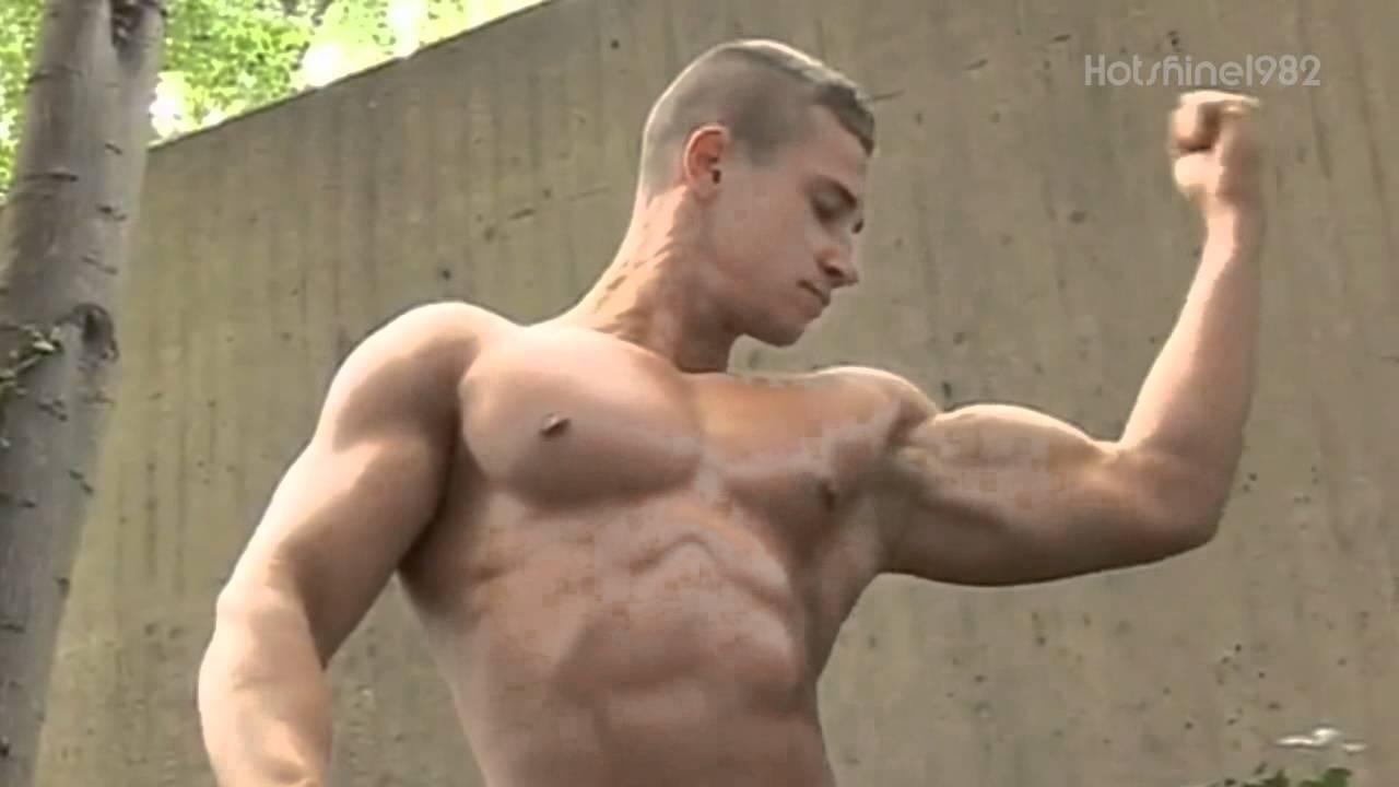 Diese geilen muscle guy doubt
