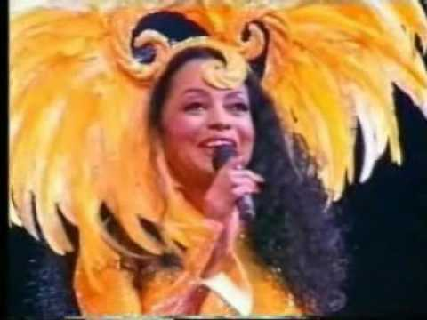 Diana Ross - show entrance @ Ahoy, March 2004