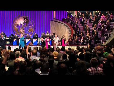 Mary Alessi Sings Hope In Me at Lakewood Church