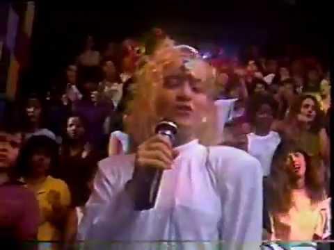 Angélica - Programa Milk Shake - TV Manchete - 1989