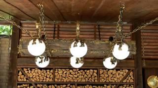 Красивая люстра на цепях под старину дерево и ковка Днепропетровск(посмотреть http://kovka-dveri.com . Красивая люстра на цепях под старину дерево и ковка Днепропетровск. Красивая..., 2016-10-17T14:03:46.000Z)