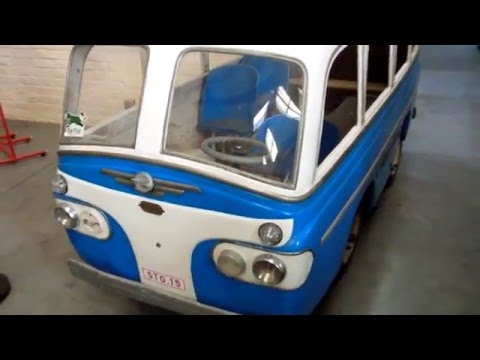 mariakerke autopede motorized pedal bus voiture a pedales motorisee youtube. Black Bedroom Furniture Sets. Home Design Ideas