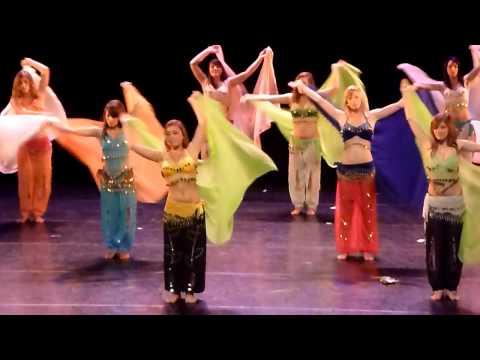 Danse orientale. Voiles