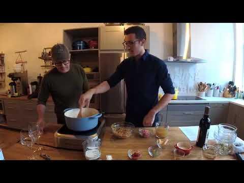 Kyle MacLachlan making spaghetti bolognese 10/26/17
