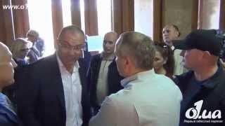 Приключения Шуфрича в Одессе, полное видео 30.09.2014(Шуфрича побили в Одессе на ступеньках под зданием облгосадминистрации. Арсен Аваков:
