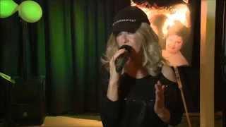 Bonnie st Claire    Sla je arm om me heen op cdpresentatie zangeres Monique 14 02 2014