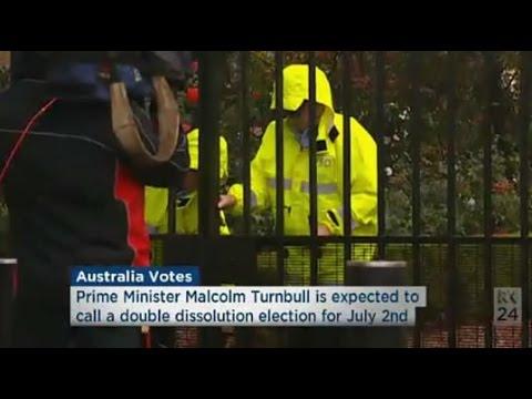 ABC newsroom falls asleep listening to Chris Uhlmann & misses PM entering GG gates