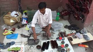 Navsari Roadside Cobbler (shoe & Sandal Repairer) - 14th February 2011
