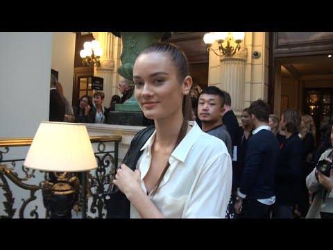 Fashion Week Paris 2015 2016 EXIT BALMAIN
