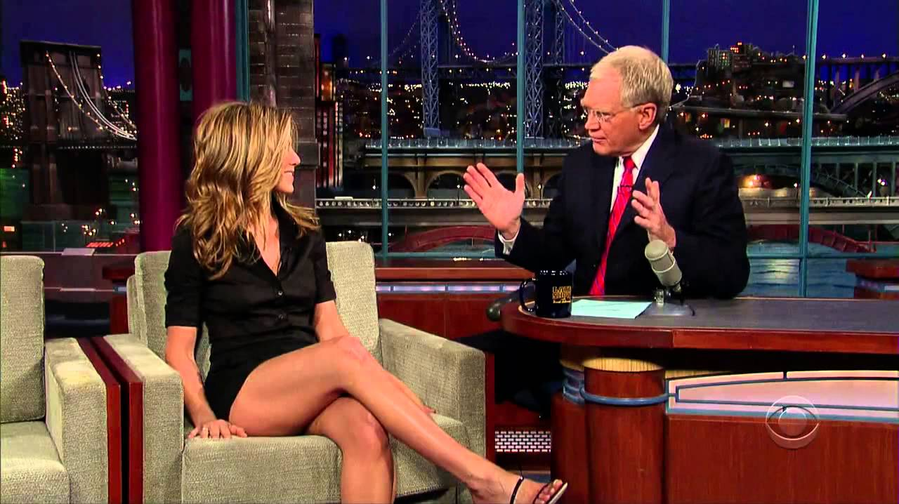 Jennifer aniston naked with legs open