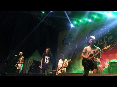 Sekumpulan Orang GIla - Malaysian Invasion (live @ JakCloth Summerfest 2017)