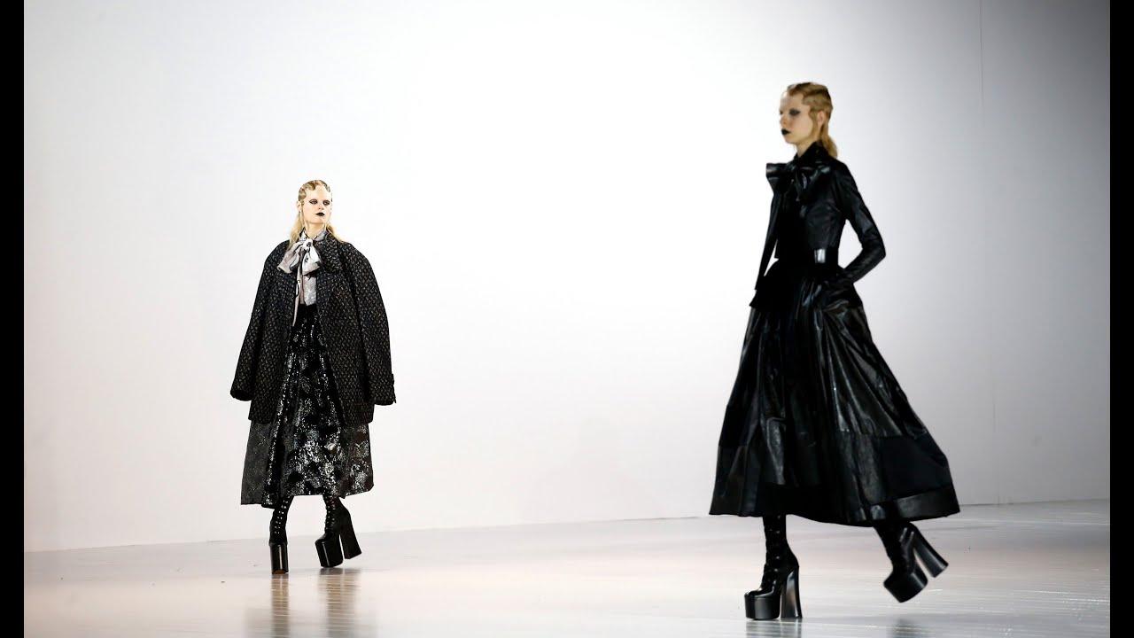 Показ одежды