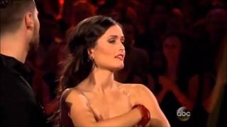 Danica McKellar & Val Chmerkovskiy - Foxtrot